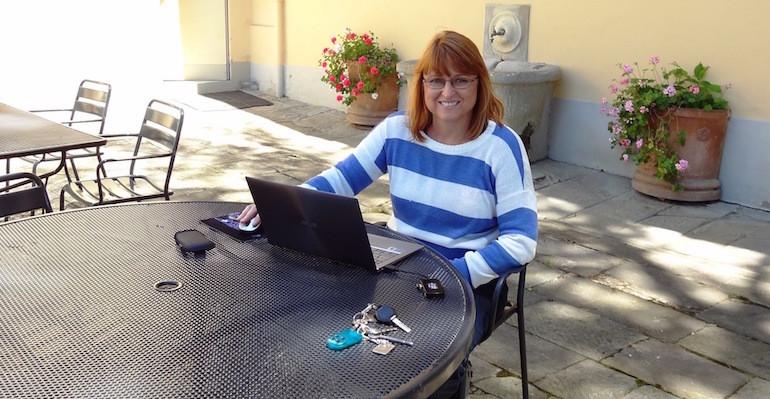 Meet Sandra Karamitelios- RecruitLoop Recruiter In Brisbane, Australia